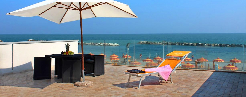 Hotel Fronte Mare Rimini Romagna