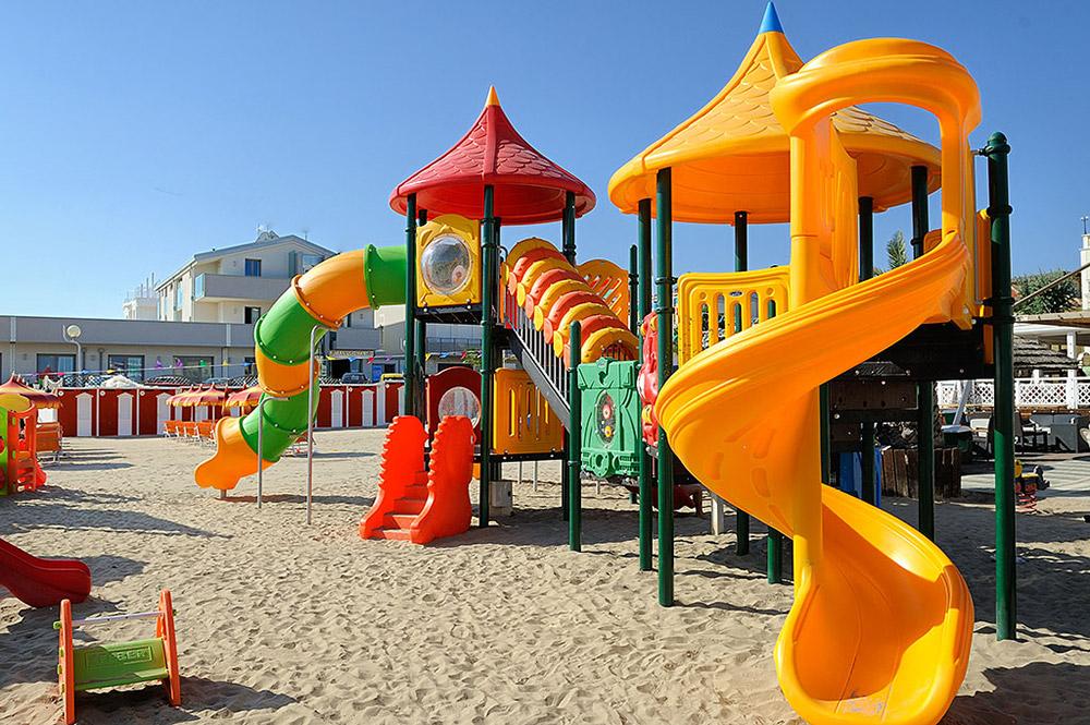 Hotel con Spiaggia Privata Rimini
